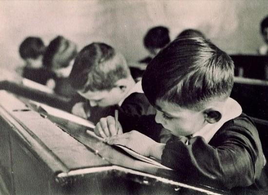 Il rispetto per chi ci insegnava a scuola era sacro e assoluto.