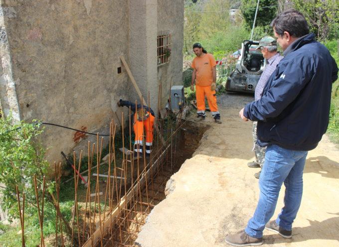 Capezzano Monte: cede argine strada in località Rebuto, comune già al lavoro dopo intervento Giovannetti
