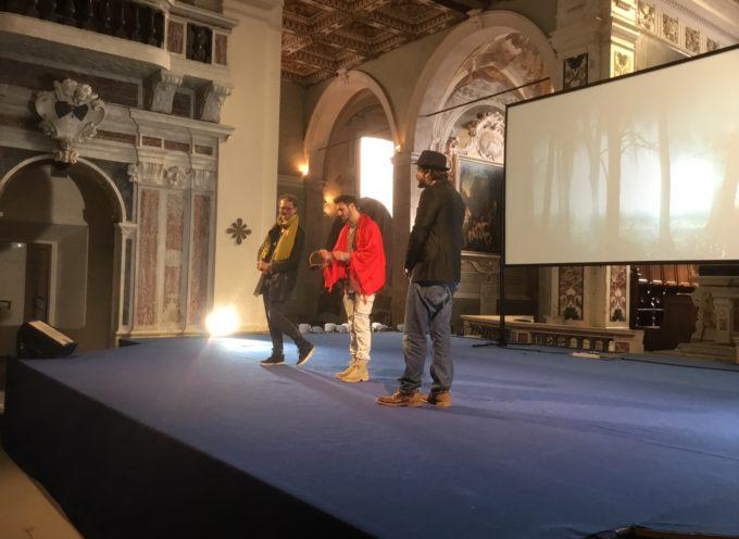 """Lucca: oltre 600 studenti alla conferenza-spettacolo """"La scelta è mia? Scegliere fa bene"""""""