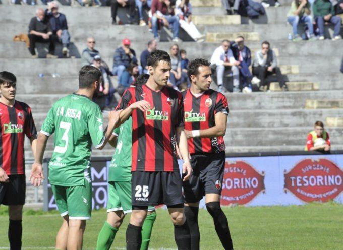 Lucchese-Arzachena finisce 2 a 2; non basta il solito grande Fanucchi