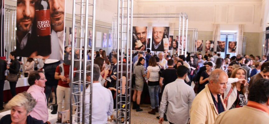 Anteprima Vini coinvolge i commercianti: al via il contest per la vetrina più bella