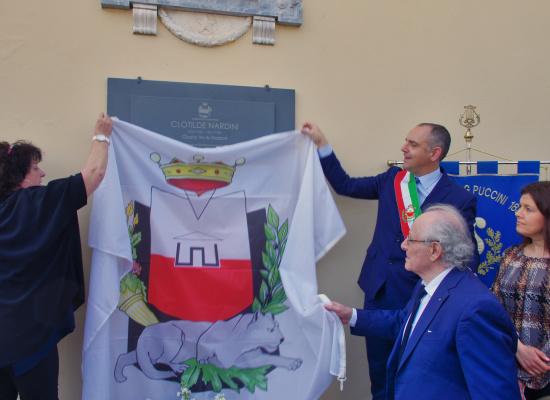 FESTA DELLA LIBERAZIONE, A TOFORI SCOPERTA UNA TARGA IN MEMORIA DI CLOTILDE NARDINI