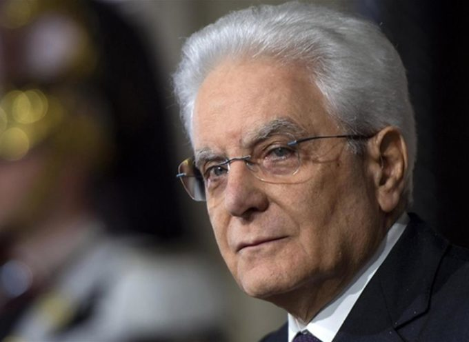 Mattarella: regalo a Berlusconi studiato a TAVOLINO?