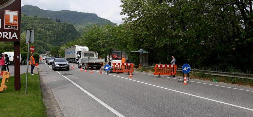 Stamattina sono iniziati da Piano di Gioviano i lavori per gli attraversamenti pedonali luminosi.
