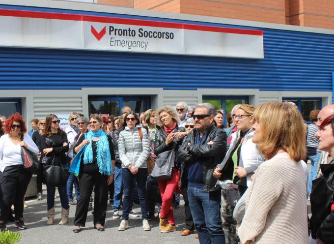 Sanità: Mallegni (FI) alla protesta Fials davanti al Pronto Soccorso Ospedale Versilia