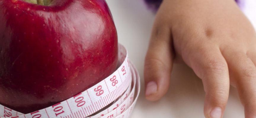 Obesità infantile: quali sono i rischi per la salute dei bambini?