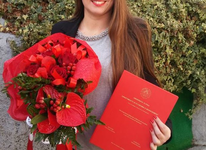 Laurea in economia e commercio per il consigliere comunale Vanessa Bertonelli