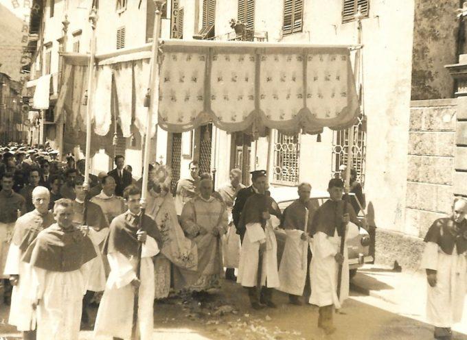 """Domenica 3  ci sarà al Borgo il """"Corpus Domini"""" dell'Unità Pastorale"""