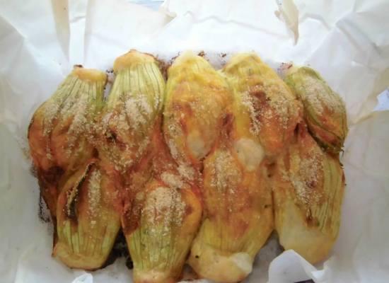 fiori di zucchina al forno.
