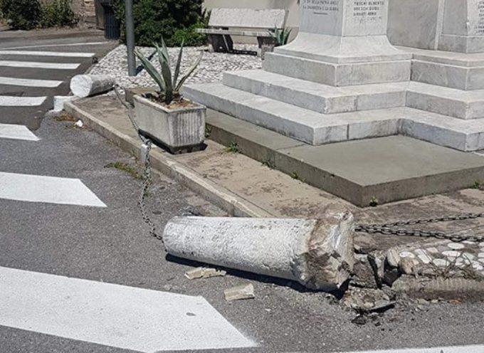 ATTO VANDALICO AL MONUMENTO AI CADUTI A MARLIA