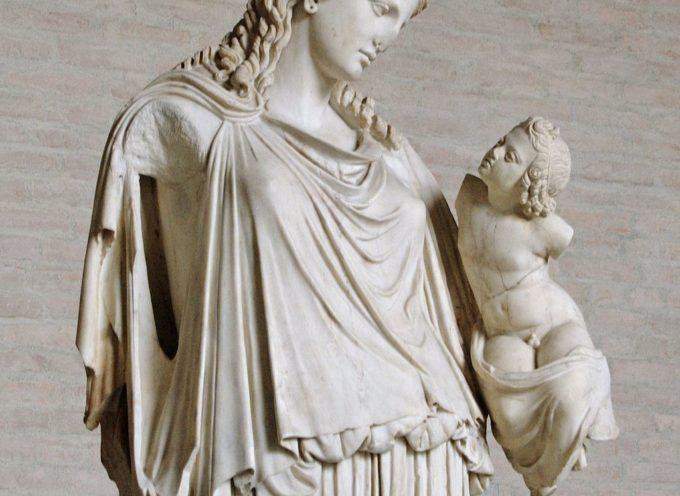 Nell'Antica Roma, 4 Luglio: Festa di Pax, con l'origine del nome delle nostre ore che scandiscono il giorno