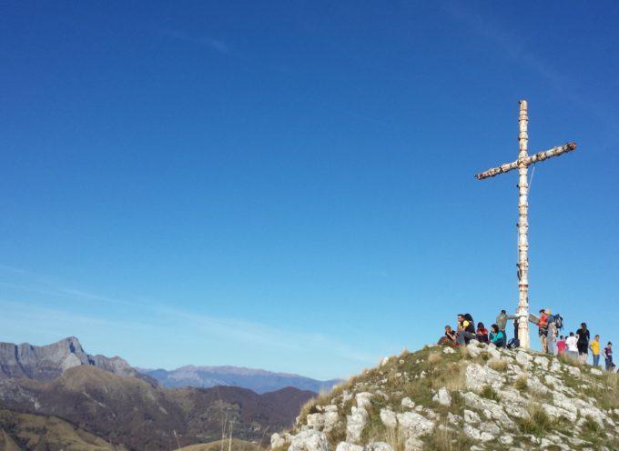 La croce del Monte Prana torna al suo posto