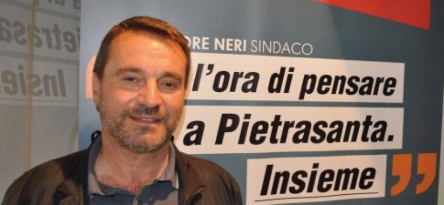 """Pietrasanta. Chiusura scuola Crociale, Ettore Neri: """"La scuola diventerà un centro civico. Da Giovannetti balle colossali"""""""