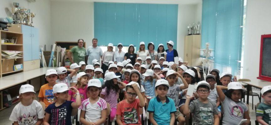 """Giornata di festa alla scuola primaria La Pira di Porcari vincitrice del concorso nazionale """"Sono stato io"""""""