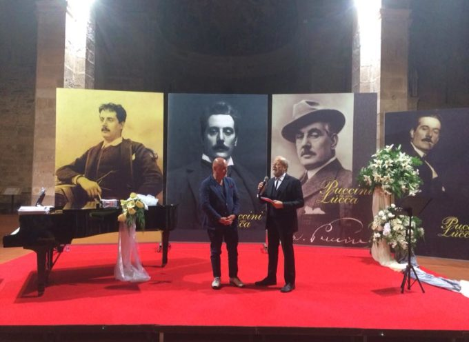 """Chiesa di San Giovanni da tutto esaurito per il """"Premio città di Lucca – Alfredo Catalani"""" ad Andrea Colombini"""