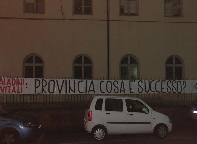 PROTESTA DEL BLOCCO STUDENTESCO PER LA CHIUSURA DEL PALADINI-CIVITALI