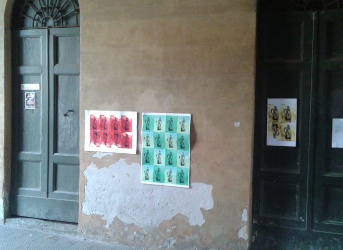 Ancora degrado a Porta San Pietro, affissioni abusive e scritte con vernice spray
