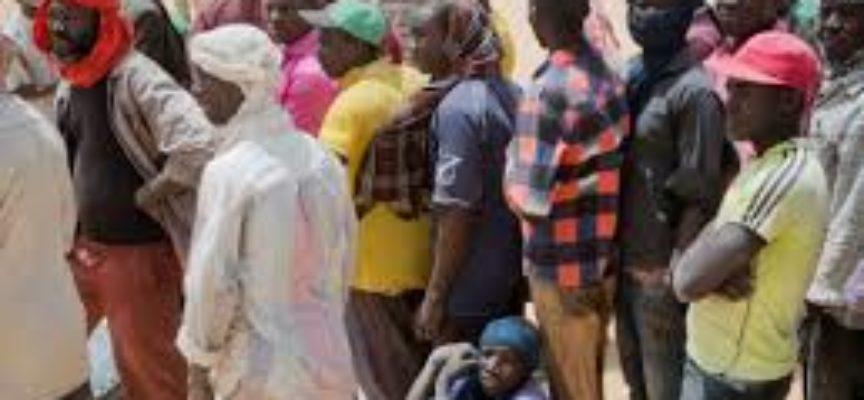 L'Algeria fa morire i rifugiati nel deserto. 13'000 migranti abbandonati dopo averli espulsi nel corso degli ultimi 14 mesi,