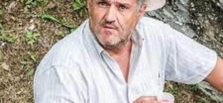 TANTA FOLLA ALLA PRESENTAZIONE DEL LIBRO DI ANDREA CAMPOLI