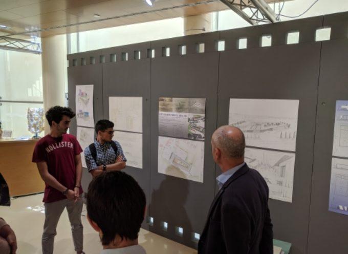 Inaugurata la mostra che espone i progetti della nuova scuola di Porcari