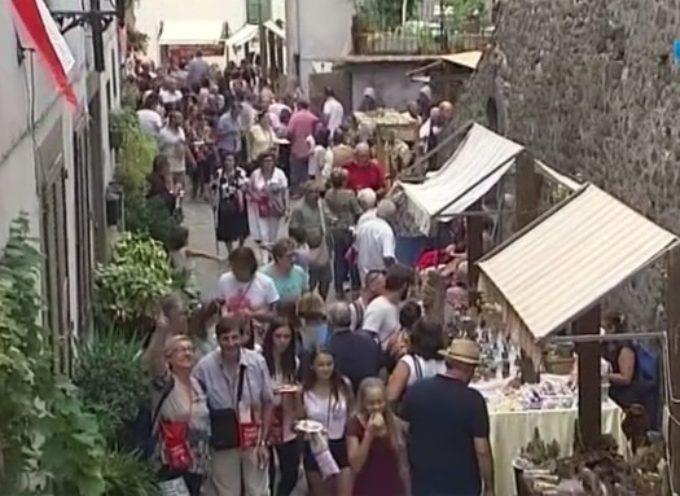 Norcini a Castello apre l'estate a Coreglia