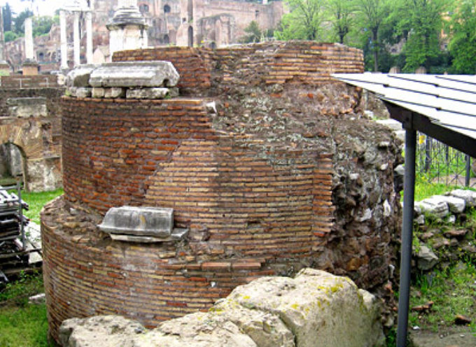 Nell'Antica Roma, 24 Agosto, Celebrazione del Mundus Cereris,