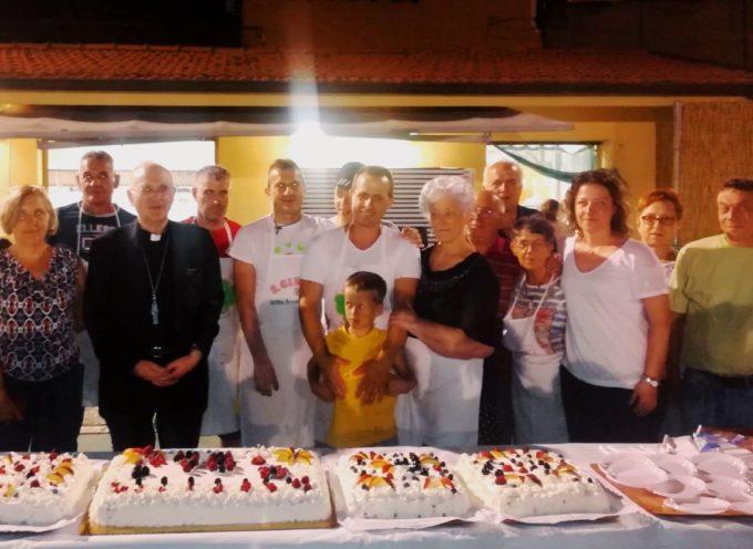 In tanti hanno partecipato alla cena di solidarietà e integrazione che si è svolta domenica al circolo San Jacopo a Lammari.