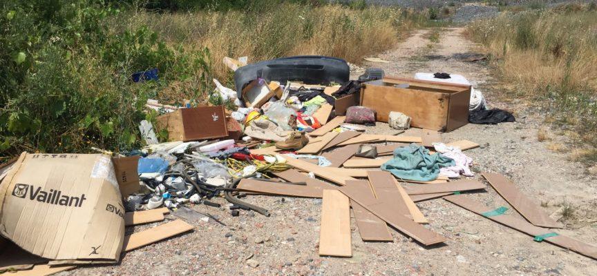 CAPANNORI – Elevate da gennaio scorso 20 sanzioni da 300 euro ciascuna per abbandono di rifiuti