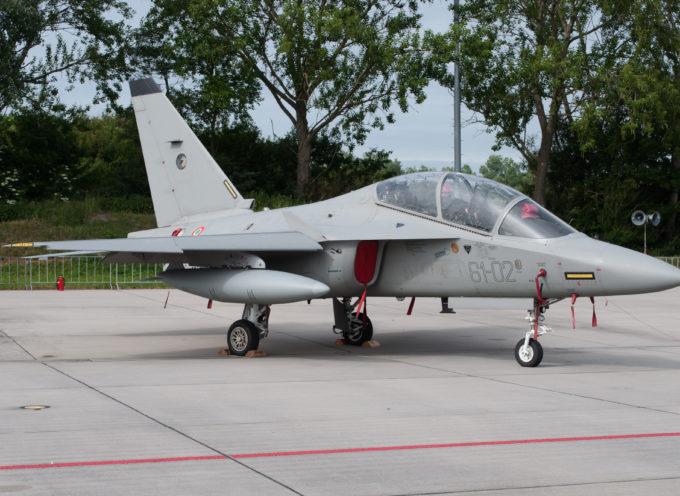 Galatina, nuova scuola di addestramento di piloti militari italiani e stranieri destinati alle linee aerotattiche (jet) con l'M-346