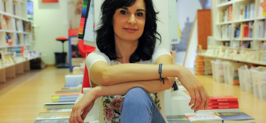 Lunedì l'autrice lucchese Chiara Parenti ospite al Caffè de la Versiliana con il suo ultimo romanzo Garzanti