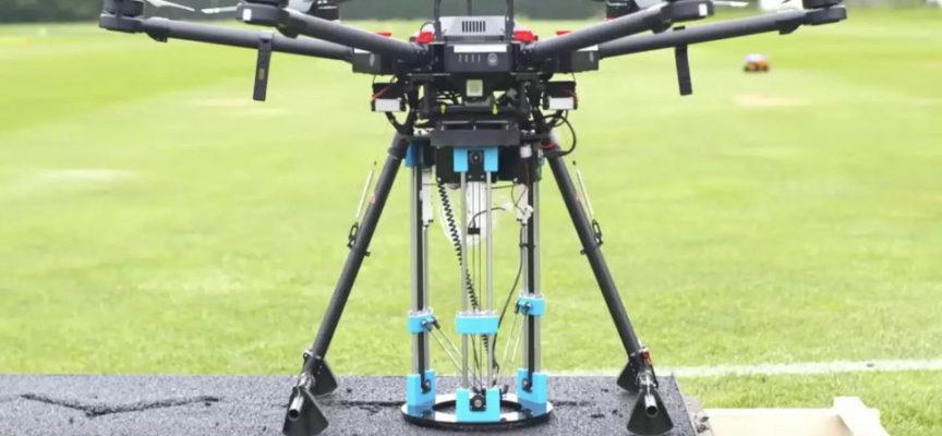 Drone trova e ripara buche. I ricercatori britannici hanno sviluppato un drone che rileva in modo indipendente le buche e poi le riempie con l'aiuto di una stampante 3D.