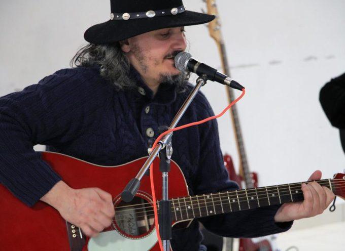 Il cantautore lucchese,  Joe Natta, ha dato vita ad un nuovo progetto musicale