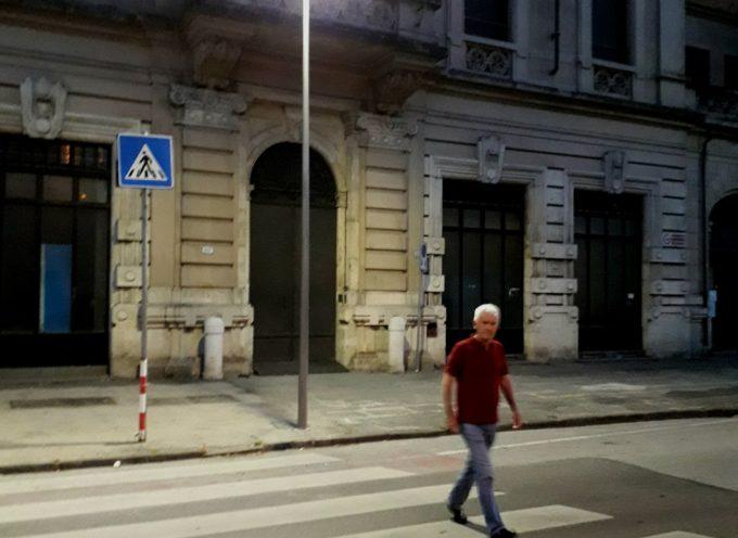 lucca – Prosegue l'installazione dei nuovi lampioni led ad alta efficienza agli attraversamenti pedonali