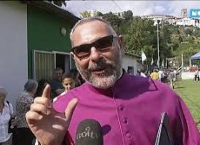 La comunità di Coreglia celebre i 25 anni di sacerdozio di don Nando