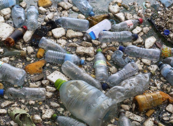 EDITORIALE: Microplastiche a migliaia di tonnellate sulle spiagge italiane.