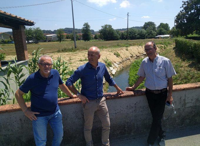 Completato l'intervento di messa in sicurezza   di un ampio tratto di sponda sinistra del rio Dezza.   In arrivo dal Consorzio altri 15 mila euro per il rio Leccio