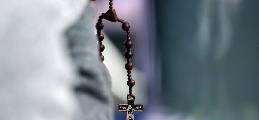 Usa: migliaia di bambini abusati da 300 preti..