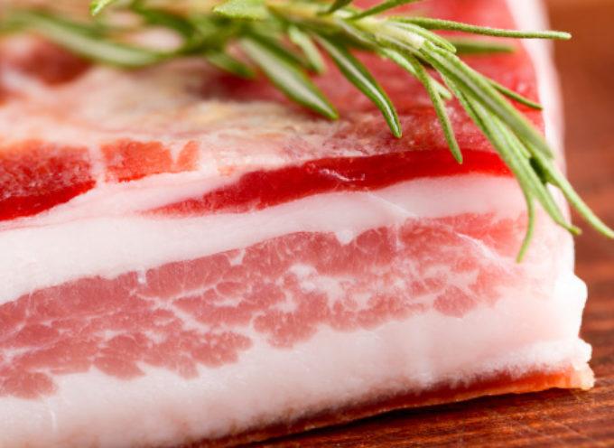Listeria in pancetta bacon italiana ritirata dal mercato europeo. RASFF lancia l'allerta alimentare per rischio grave