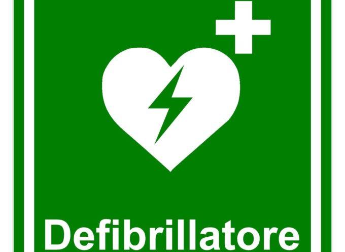 Un defibrillatore al centro commerciale di Borgo a Mozzano