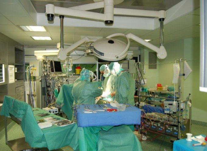 Salvato un paziente all'Ospedale del cuore di Massa affetto da una grave forma di endocardite con un raro e difficile intervento.