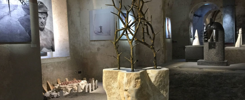Le cave di marmo come opere d'arte: prosegue l'esposizione nell'affascinante galleria della Fondazione Arkad a Seravezza