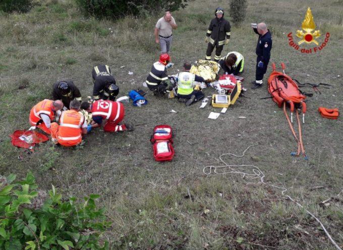 Firenze-Viareggio, quattro ciclisti cadono in un precipizio a Limestre