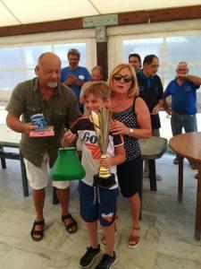 il giovane pescatore Marco Castellano vincitore del trofeo memorial Andrea Lucchesi