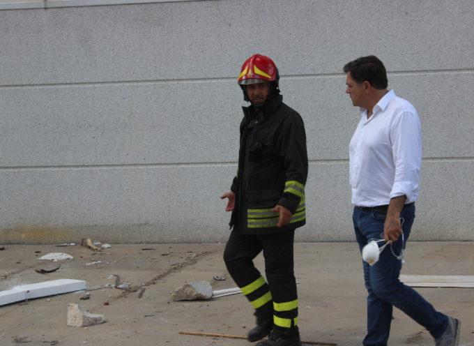 Incendio: Sindaco e giunta sul posto, allarme quasi rientrato. Emessa ordinanza a scopo precauzionale