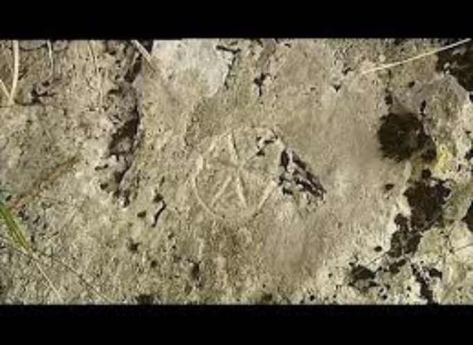 Un'incisione rupestre dedicata al Dio Sole