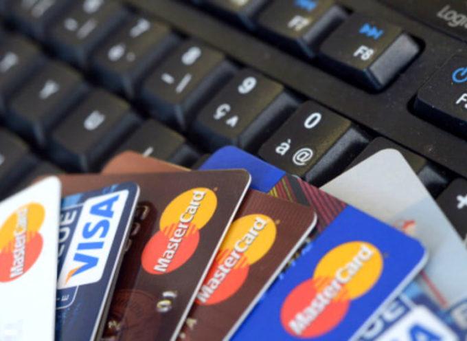 Mutui e finanziamenti proposti sui social e sul web. Aumentano le truffe e la Polizia Postale rilancia l'allerta.