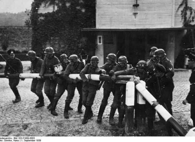 Accadde Oggi, 1 Settembre 1939: alle 4,45 di notte, inizia una delle più grandi tragedie dell'umanità: la Seconda Guerra Mondiale!