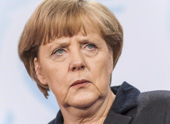 La Merkel rimpatria 40mila immigrati irregolari: quali differenze con il Ministro degli Interni Salvini?