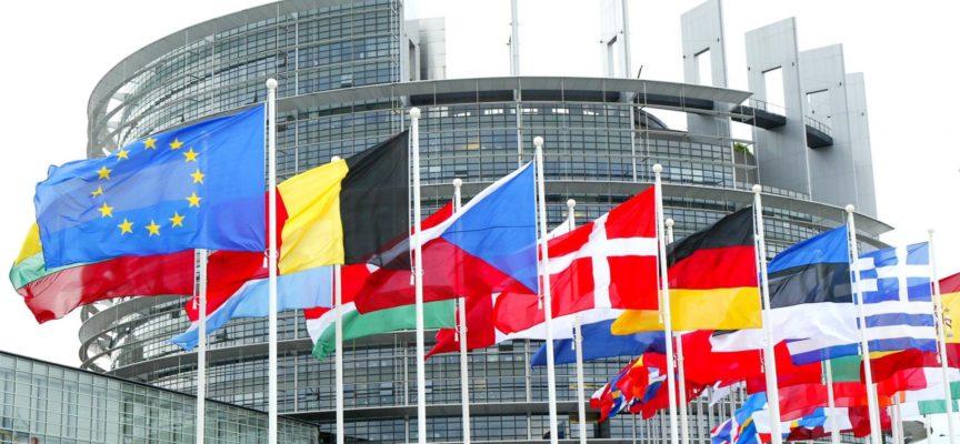 Il Parlamento Europeo ci costa 2 MILIARDI: ma nessuno dice nulla