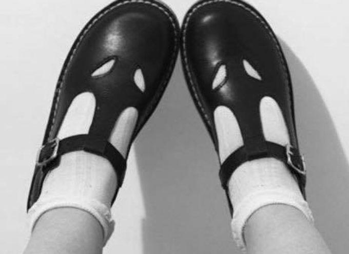 """""""questi sandaletti"""" voleva dire che l'estate era finita."""